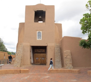 We visited some of the interesting churches in Santa Fe. The first was San Miguel Church, the oldest church structure in the USA, ca. 1610. You can still see some of the straw that was used in the adobe (although, I suspect the some of the adobe has been restored over the years) It seems sort of timeless, doesn't it?
