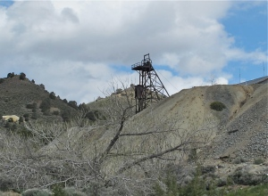 A headframe was used to lift ore out of the mine