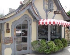 The Tuck Box serves good food (we know all the good places) and is known for their tea and scones. I also recommend the coconut cream pie. YUM!